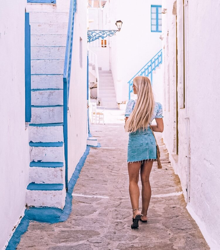 Narrow whitewashed streets and Cycladic houses in Plaka, the capital of Milos Island
