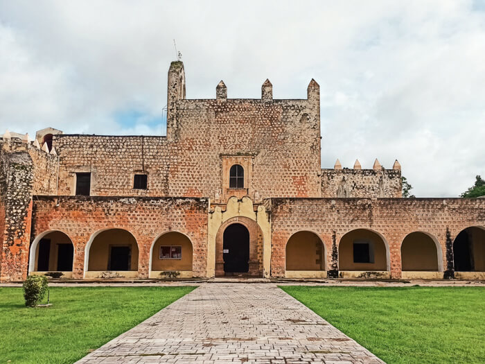 The facade of the Convent of San Bernardino de Siena, one of the best places to visit in Valladolid, Mexico