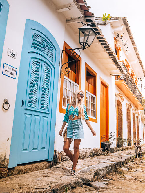 white colonial houses with colorful doors in Paraty, a beautiful town to include in your 10-day Brazil itinerary